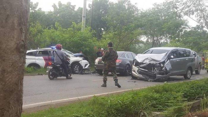 Laka Beruntun di Bati-bati, Ada Mobil Patroli Kasat Lantas Polres Tala