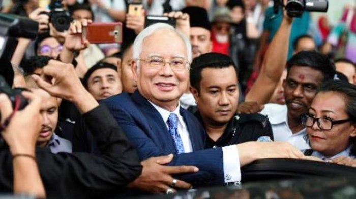 Mantan PM Malaysia Najib Razak Dijatuhi Hukuman 12 Tahun Penjara dan Denda US$ 49,38 Juta