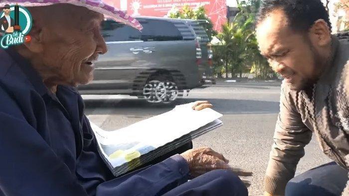 Viral Kisah Mbah Waris, Mantan Pengawal Bung Karno yang Hidup dari Menjual Koran