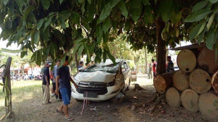 Guru Danau Terluka, Mobil Innova Terperosok ke Bawah Jembatan Antaludin, Begini Kondisinya