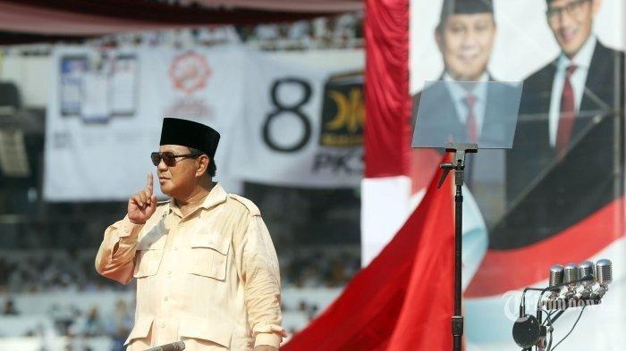 Prabowo Subianto Gebrak Podium Saat Kampanye di Yogyakarta, Begini Reaksi Amien Rais