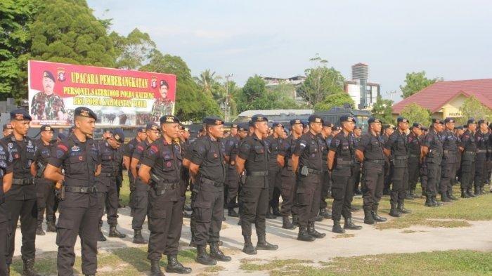 Brimob Polda Kalteng Kirim 100 Personel ke Kaltim Jaga Situasi Kamtibmas Calon Ibu Kota
