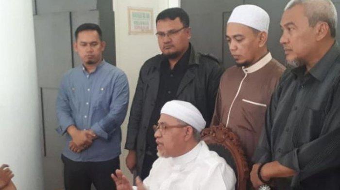 Heboh Wanita Bawa Anjing ke Masjid, DKM Masjid Almunawaroh Resmi Lapor Polisi dengan 3 Kasus