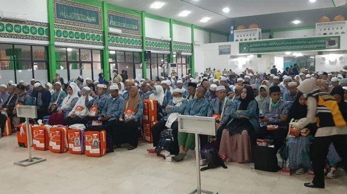 Jemaah Haji Keloter 13 Asal Kalteng Tiba, 2 Orang Meninggal Dunia, 2 Pindah Keloter