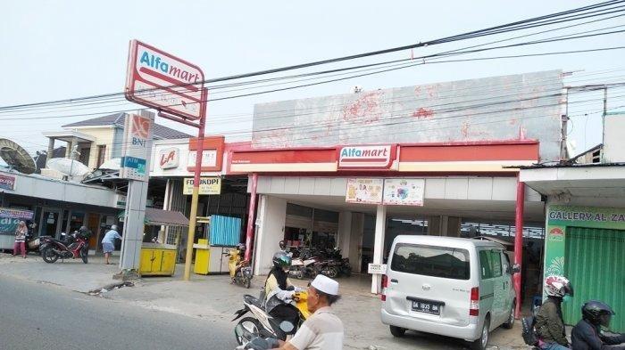 Rampok Beraksi, Karyawan Alfamart Teluk Tiram Banjarmasin Barat Ditodong Parang