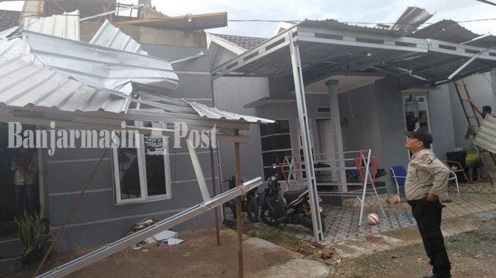 26 Rumah Rusak Diterjang Puting Beliung di Manarap Kertak Hanyar Kabupaten Banjar