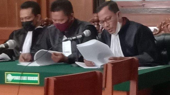 Warga Surabaya Disel Gara-gara Pakai Uang Salah Transfer dari BCA Rp 51 Juta