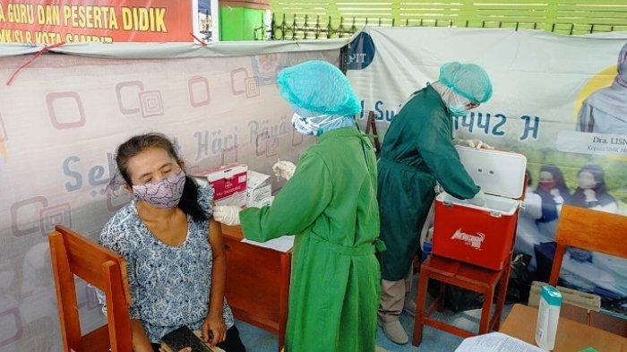 Percepat Vaksinasi di Kalteng Polda Kalimantan Tengah Turunkan Mobil Layanan Hingga Ke Pelosok