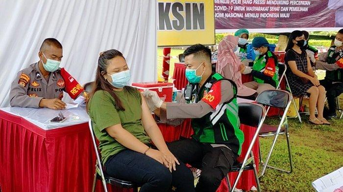 HUT ke-75 Bhayangkara Polda Kalteng Gelar Vaksinasi Massal, Warga Amalkan Jamu Jahe Perkuat Imunitas