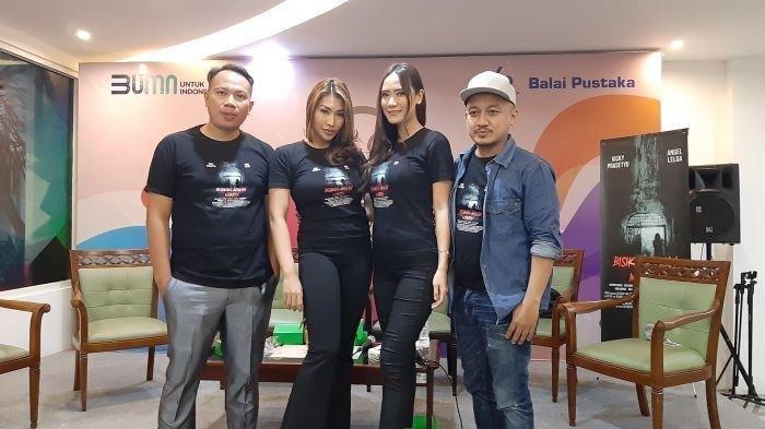 Vicky Prasetyo dan Angel Lelga Main Film Bisikan Arwah Mantan, Kamis 18 Maret 2021 Tayang
