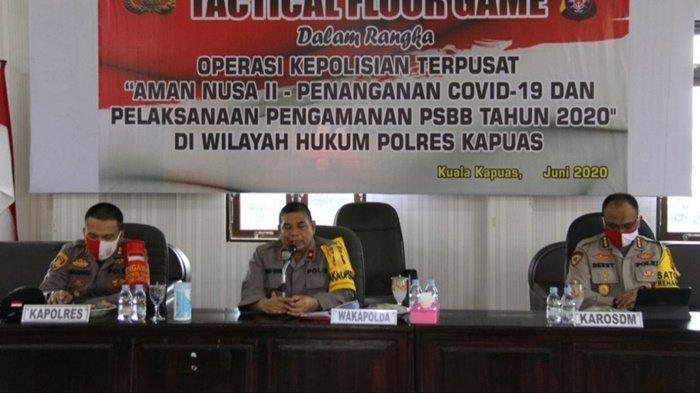 Wakapolda Kalteng Periksa 3 Pos PSBB dan Beri Arahan ke Anggota Polres Kapuas