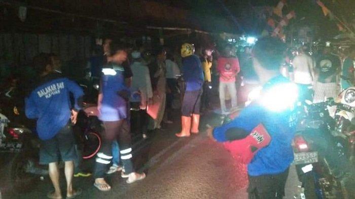 Api Nyaris Lumat Toko Kosmetik di Jalan Anggrek