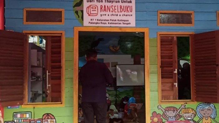 Taman Baca Ransel Buku Petuk Ketimpun Dapat Bantuan Buku dan Perahu dari Kapolda Kalteng