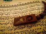 al-insyiqaq.jpg