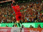 cristiano-ronaldo-merayakan-gol-untuk-timnas-portugal.jpg