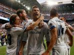 cristiano-ronaldo-merayakan-golnya-untuk-real-madrid-saat-menjamu-atletico-madrid_20170503_081902.jpg