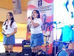 grup-vokal-duo-semangka-saat-tampil-di-q-mall_20181017_185306.jpg