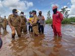 gubernur-kalteng-pantau-pembangunan-jalan-layang-bukit-rawi-pulang-pisau-dan-kondisi-banjir.jpg