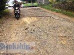 jalan-utama-pulau-nunukan-yang-mengalami-kerusakan_20170328_095129.jpg