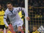 josip-ilicic-merayakan-gol-buat-atalanta-ke-gawang-borussia-dortmund_20181022_051211.jpg