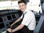 luke-elsworth-pilot-asal-inggris-yang-baru-berusia-19-tahun_20170329_193403.jpg