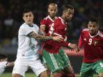 mehdi-benatia-kanan-leandro-paredes-maroko-vs-argentina.jpg