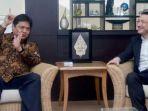 menteri-perindustrian-airlangga-hartarto_20170330_161416.jpg