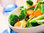 mulai-sekarang-makan-sayuran-ini-dalam-keadaan-matang-ya_20170312_110043.jpg