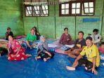 para-pengungsi-korban-banjir-di-kabupaten-lamandau-yang-ditampung-di-tempat-pengungsian.jpg