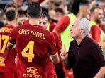 pelatih-as-roma-liga-italia-jose-mourinho.jpg