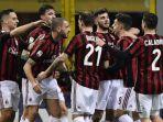 pemain-ac-milan-merayakan-sesaat-gol-leonardo-bonucci_20180219_052651.jpg