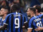 pemain-inter-milan-danilo-dambrosio-kanan-liga-italia-melawan-lazio.jpg
