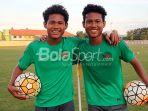 pemain-kembar-timnas-u-16-indonesia-bagus-kahfi-dan-bagas-kaffa_20181101_054442.jpg