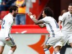 pemain-real-madrid-isco-marcelo_20170416_072422.jpg