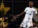 pemain-santos-rodrygo-liga-brasil_20180604_054209.jpg
