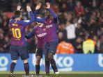 penyerang-fc-barcelona-ousmane-dembele-merayakan-golnya-bersama-lionel-messi.jpg