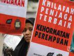 sejumlah-muslimah-hizbut-tahrir-indonesia_20170509_101029.jpg