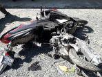 sepeda-motor-korban-kecelakaan_20180823_191511.jpg