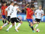 spanyol-dani-ceballos-tengah-berebut-bola-dengan-bek-jerman-niklas-stark_20170711_050806.jpg