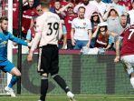 striker-west-ham-united-marko-arnautovic-mencetak-gol-ketiga-timnya_20180929_220244.jpg