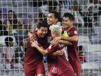 timnas-thailand-merayakan-gol-thitipan-puangchan-ke-gawang-uni-emirat-arab.jpg