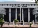 tribun-kalteng-gedung-mahkamah-agung_20180915_061408.jpg