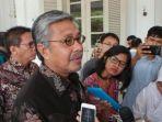 tribun-kalteng-mantan-gubernur-sulawesi-tenggara-nur-alam_20180720_123816.jpg