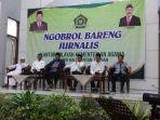 tribun-kalteng-ngobrol-bareng-jurnalis_20180525_234238.jpg