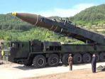 tribun-kalteng-rudal-korea-utara_20170812_133244.jpg