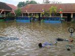 tribun-kalteng-sekolah-banjir_20170814_145239.jpg