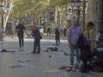 tribun-kalteng-van-tabrak-orang-di-barcelona_20170818_081840.jpg