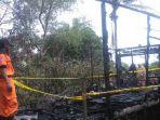 tribunkalteng-kebakaran-di-anjir-muara-batola_20180404_094649.jpg