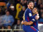 tribunkalteng-lionel-messi-kiri-merayakan-golnya-bersama-luis-suarez_20180115_075051.jpg