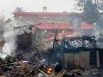 tribunkalteng-pasar-purukcahu-terbakar_20171228_091643.jpg